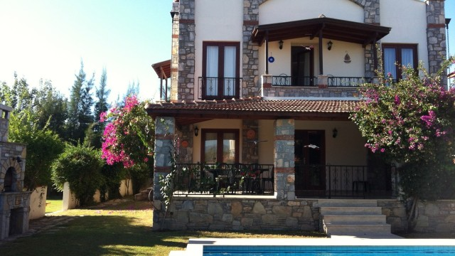 3 Bedroom Detached Villa