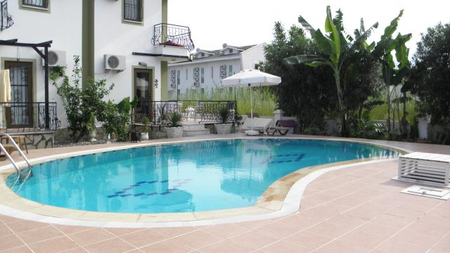 2 Bedroom Villa in Small Complex